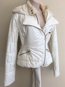 LaROK Size XS White Quilted Coat