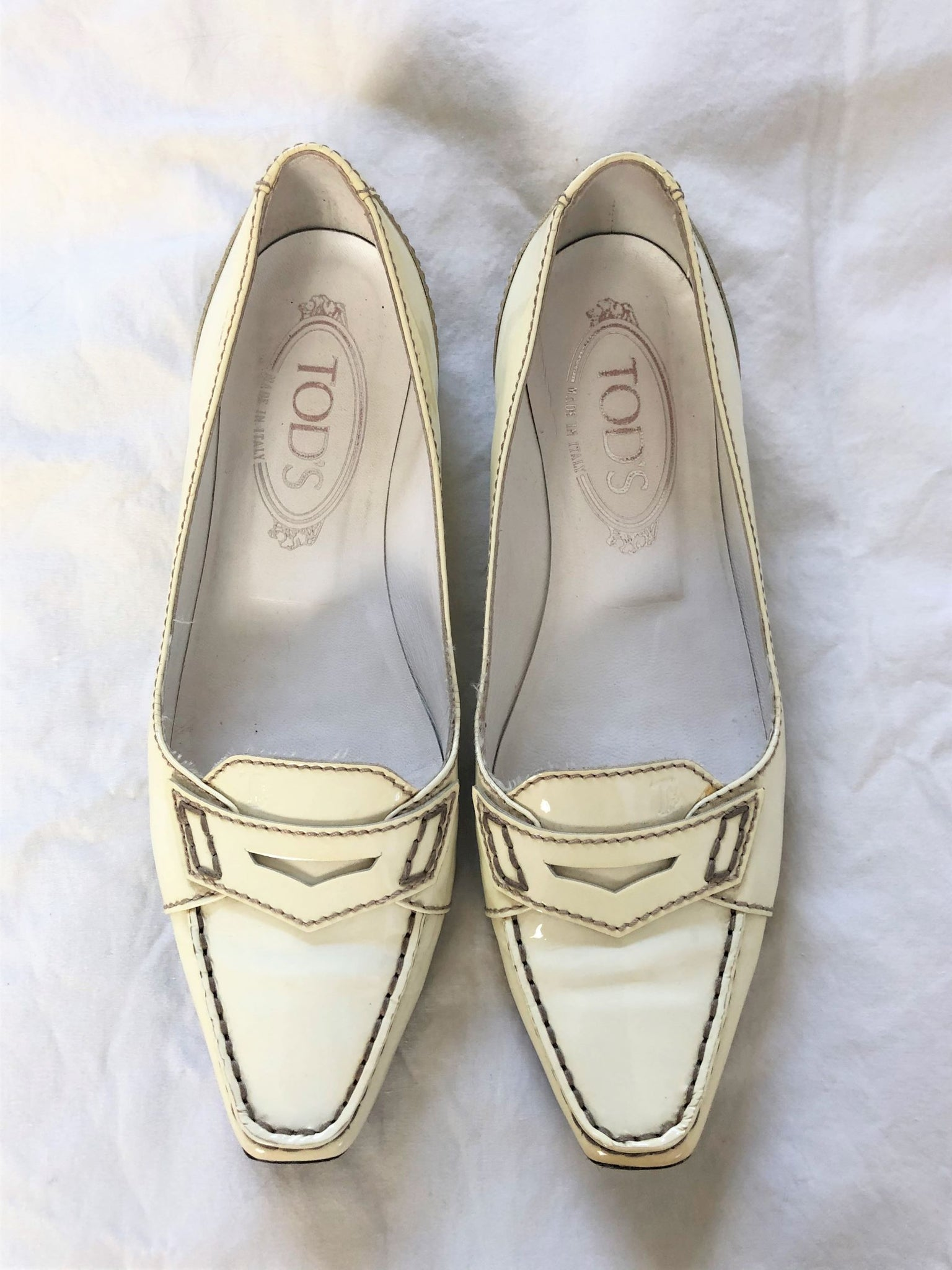 TOD'S Size 5 Ivory Patent Leather Loafers