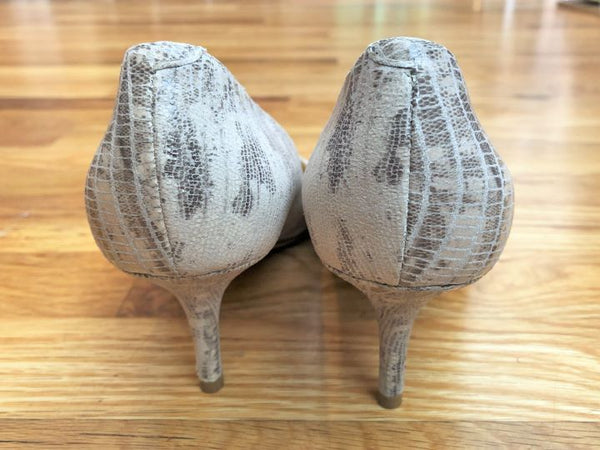 Jimmy Choo Size 6.5 Kitten Heel Pumps