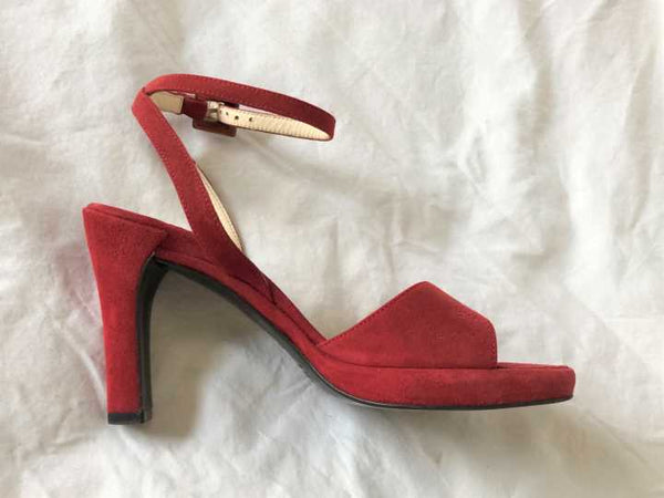 PRADA Size 6 Red Suede Sandals