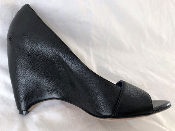 Biviel Couture Anthropologie Size 8 Black Leather Wedges