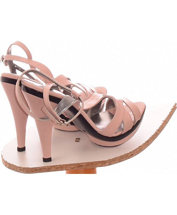249997 Chaussures COSMO Occasion Vêtement occasion seconde main