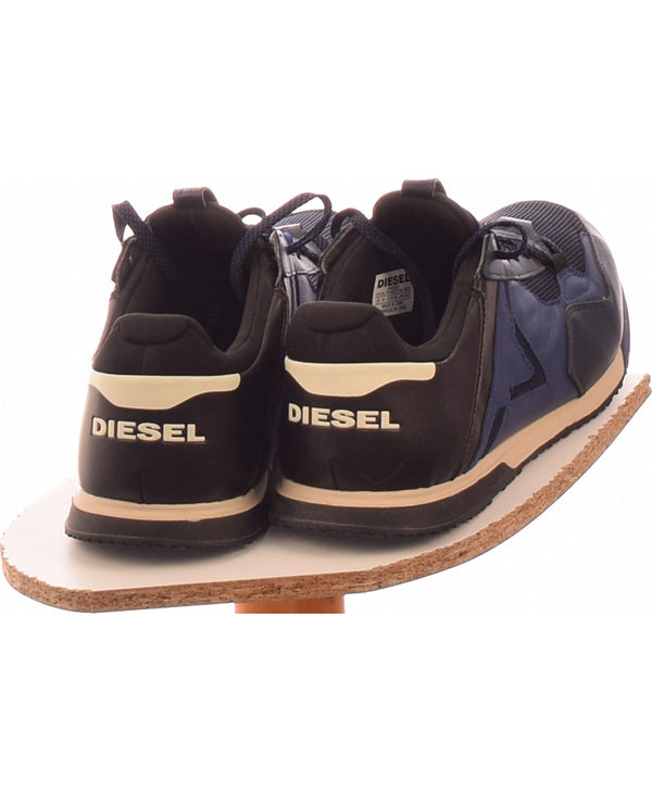 255584 Chaussures DIESEL Occasion Vêtement occasion seconde main