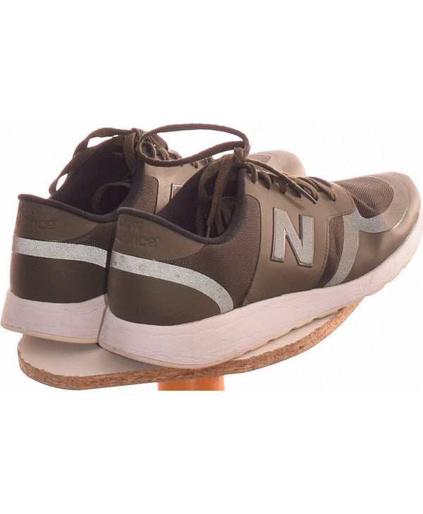 287102 Chaussures NEW BALANCE Occasion Vêtement occasion seconde main