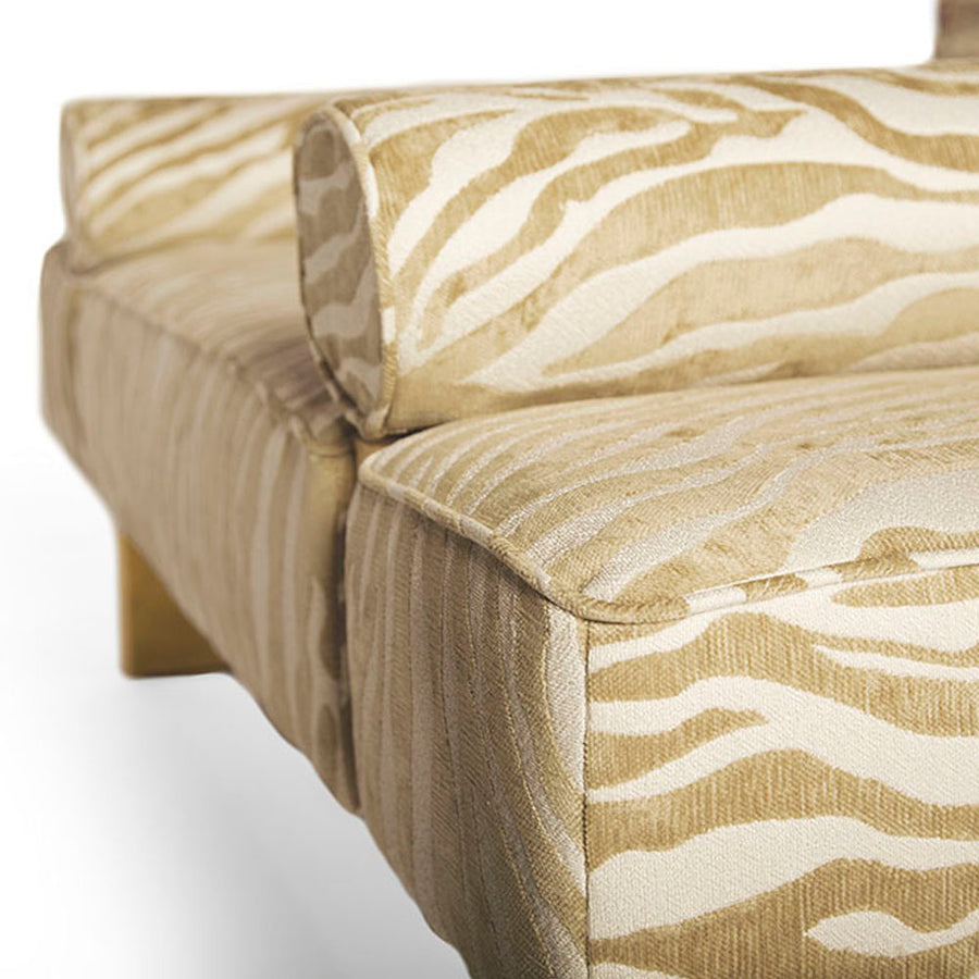 CASABLANCA BED BENCH - Badgley Mischka Home