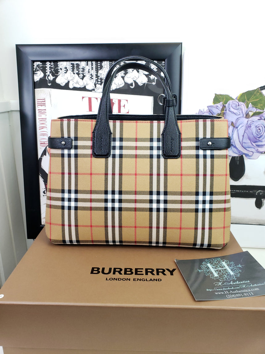 Burberry  Medium Banner Vintage Check