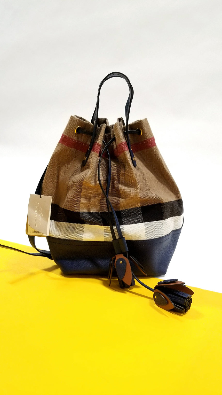 Burberry backet  heston