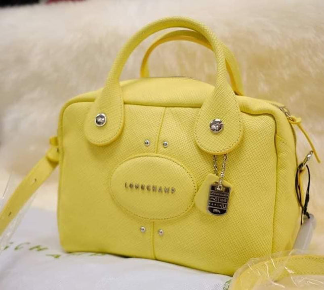 Longchamp Quantum Yellow Sling