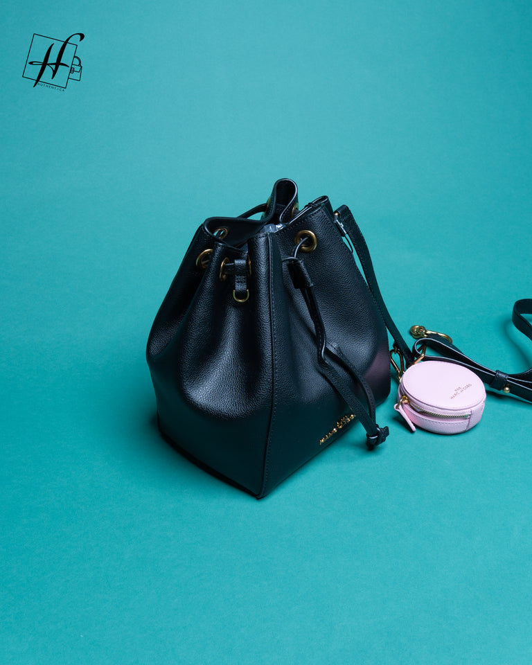 The Marc Jacobs The Bucket Bag Leather Crossbody Bag