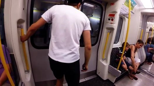 VIDEO: RACE THE TUBE!