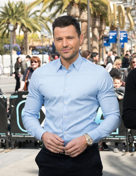 Mark Wright in a shirt which doesn't fit well