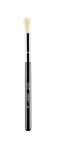 Sigma F06 Powder Sweep Brush