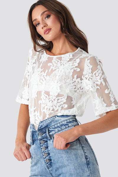 Top Ella lace