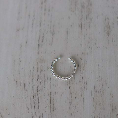 Ear cuff | Sterling silver | Twist design