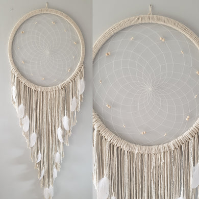 Stunning natural dreamcatcher with pretty bead and feather details