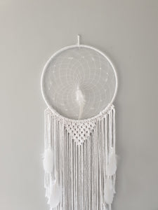 White wedding feathered dreamcatcher