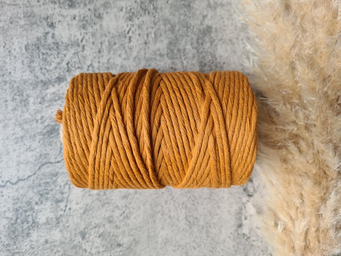 4mm Rust string. 0.5kg