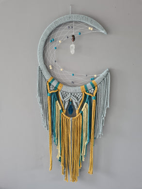 Odin mooncatcher 16 inch hoop with shorter tail