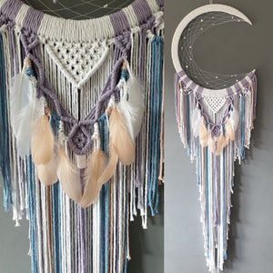 Aurora mooncatcher with feathers