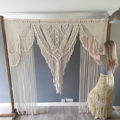 Macrame arch, wedding arch