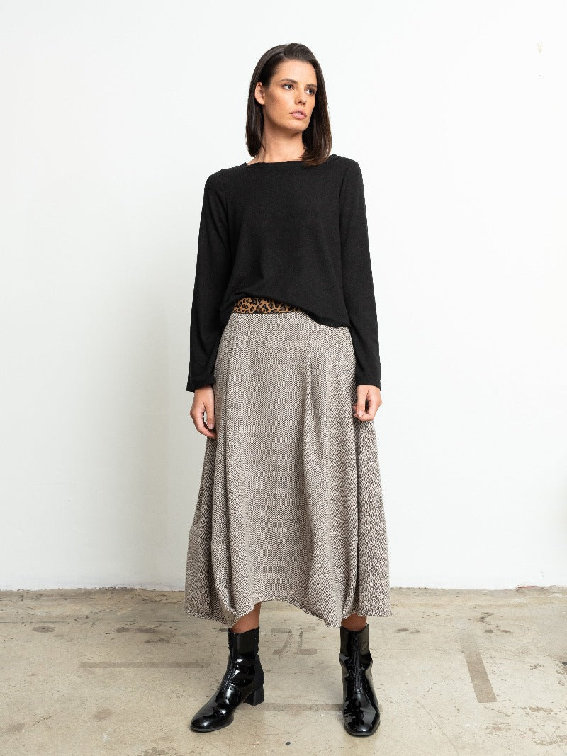 1-Larisa knit-black