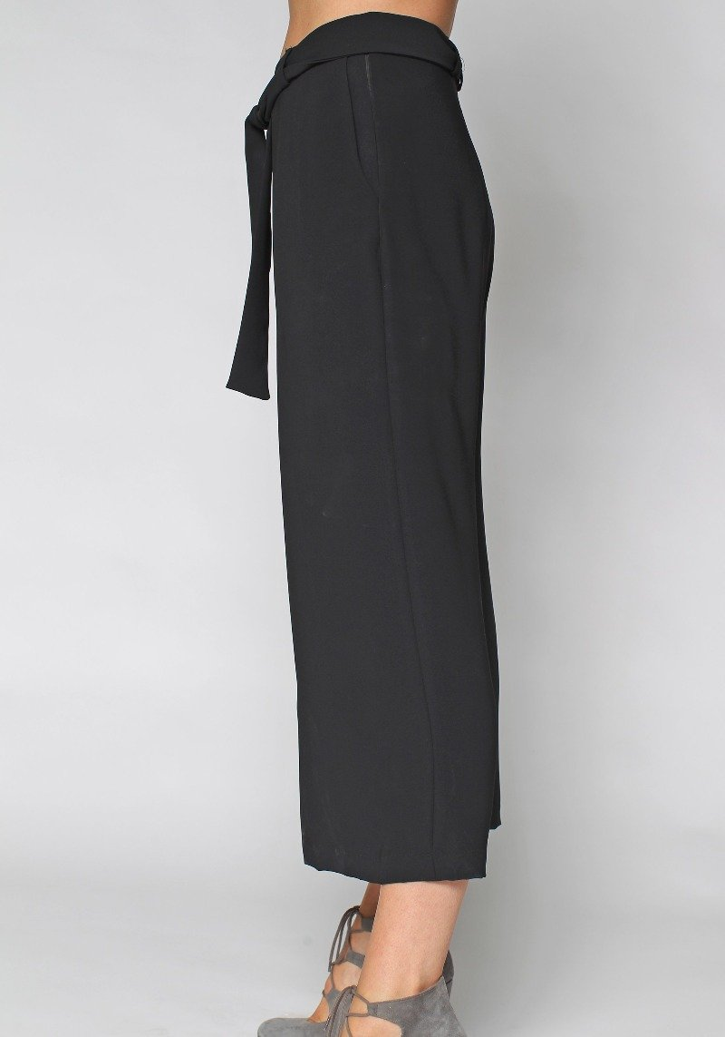 1-0433 Cropped Wide Leg Pants-Black - Ruth Tate