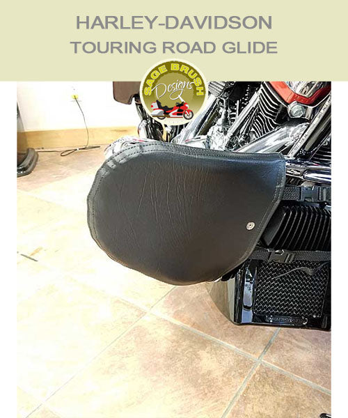 Harley-Davidson Touring Road Glide FLH chopped bar with black engine guard chaps