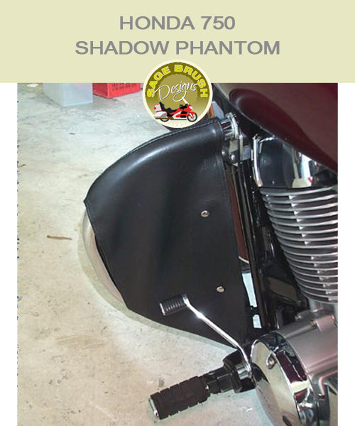 Honda 750 Shadow Phantom Cobra bar with black engine guard chaps