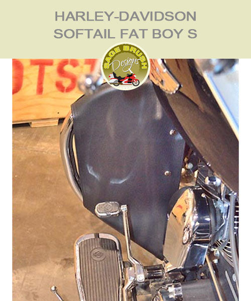 Softail Fat Boy S Cobra Regular bar with black engine guard chaps