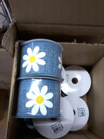 "2.5""X10yd Daisy Bold Print On Royal"
