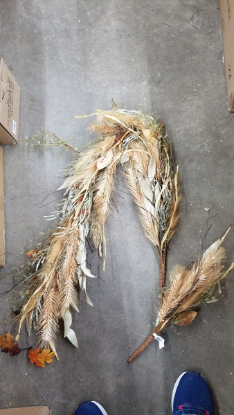 Pampas grass and dried grass Garland 5'