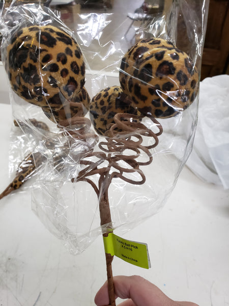 Fabric cheeta ball pick