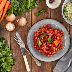 Moroccan Chickpea & vegetable Tagine Sml