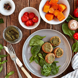 Pesto Mushrooms, Spinach, Roast Tomato & Pumpkin