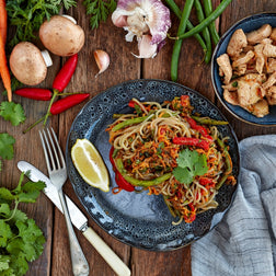 Teriyaki & Black Sesame Chicken Noodles LRG