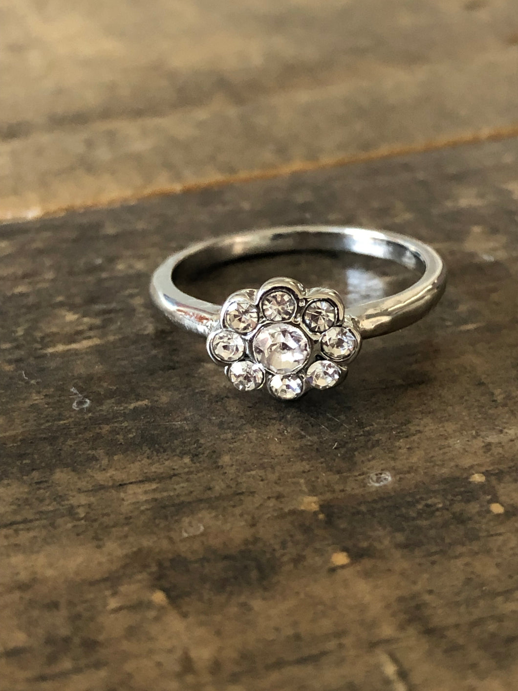 Delicate Flower Stone Ring