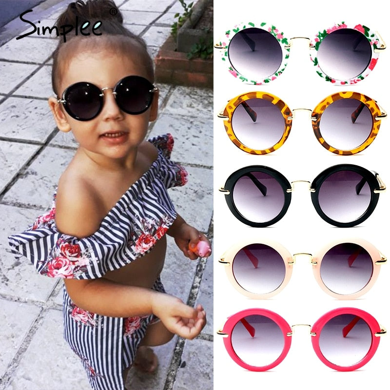 Girl fashion sunglasses