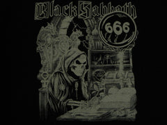 BLACK SABBATH  -  Group Photo -Vintage Two Sided Print- T-Shirt