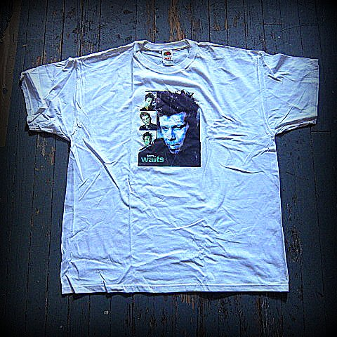TOM WAITS- Up Close- T-SHIRT