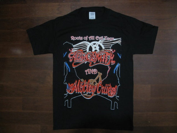 AEROSMITH / MOTLEY CRUE  Vintage Route Of All Evil Tour 2006- T-Shirt
