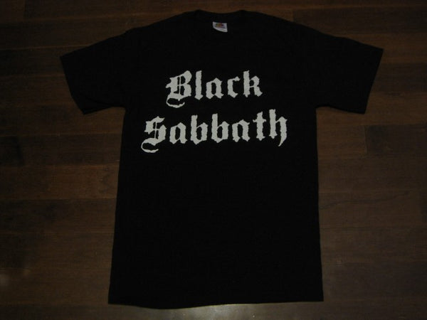 BLACK SABBATH  - LOGO / Group Photo -Vintage Two Sided Print- T-Shirt