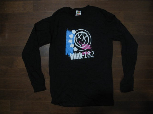Blink 182 - Smiley Logo -Black Long Sleeve Shirt