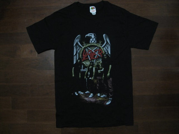 SLAYER - Vintage Group Posed Standing Photo - T-Shirt