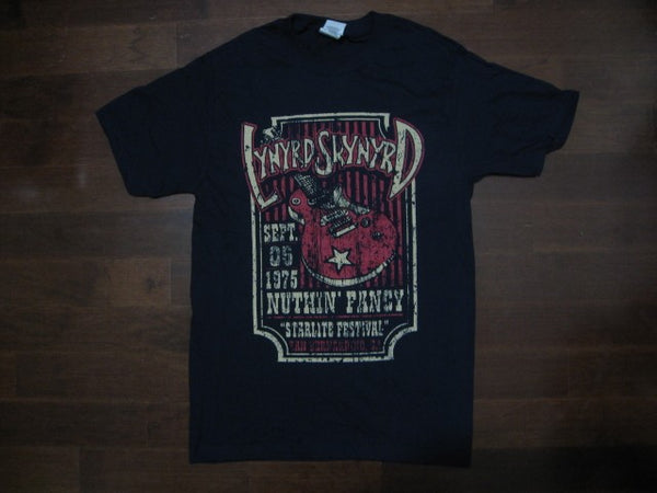 Lynyrd Skynyrd Vintage Distressed Nuthin Fancy Starlite Festival  Tshirt  /Color Navy Blue