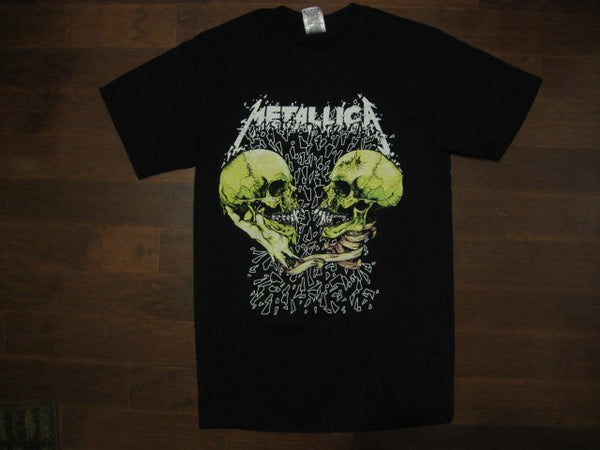 Metallica‏-Featuring PUSHEAD  SKULLS Facing off- T-shirt