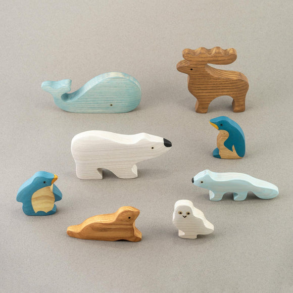 Polar Animals Set (8 Items)
