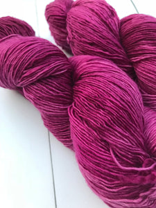 Grain de Raisin - Hand Dyed Fingering - SW Single 100% Merino in Purple - knitting and crochet yarn