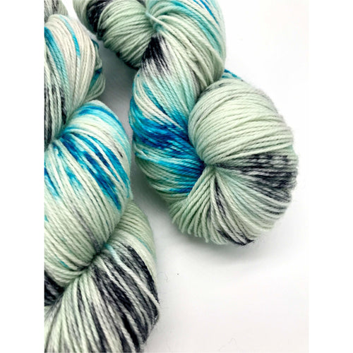 Yukon Nights - Hand Dyed Fingering -  - 3 PLY - 80/20 SW Merino/ Nylon in light green, blue and black for knitting and Crochet