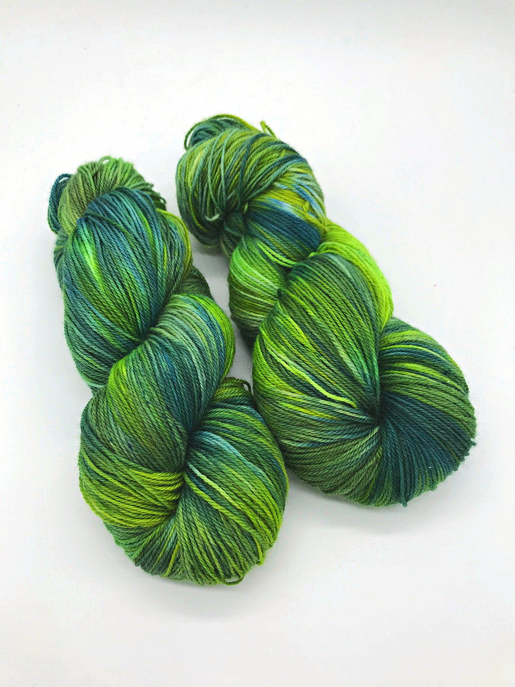 Forest Floor - Hand Dyed Fingering - 3 PLY - 80/20 SW Merino/ Nylon in greens for crochet and knitting, shawls, sock yarn