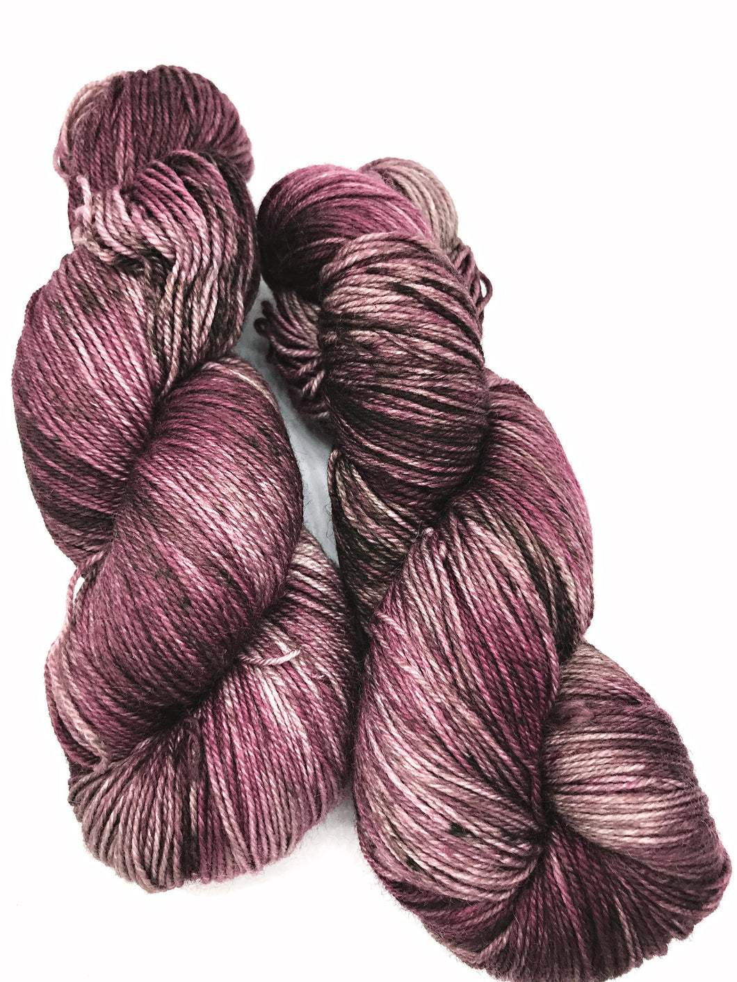 Mauvelous - Hand Dyed Fingering - 3 PLY - 80/20 SW Merino/ Nylon in mauve purple for crochet and knitting, toques, shawls, sock yarn